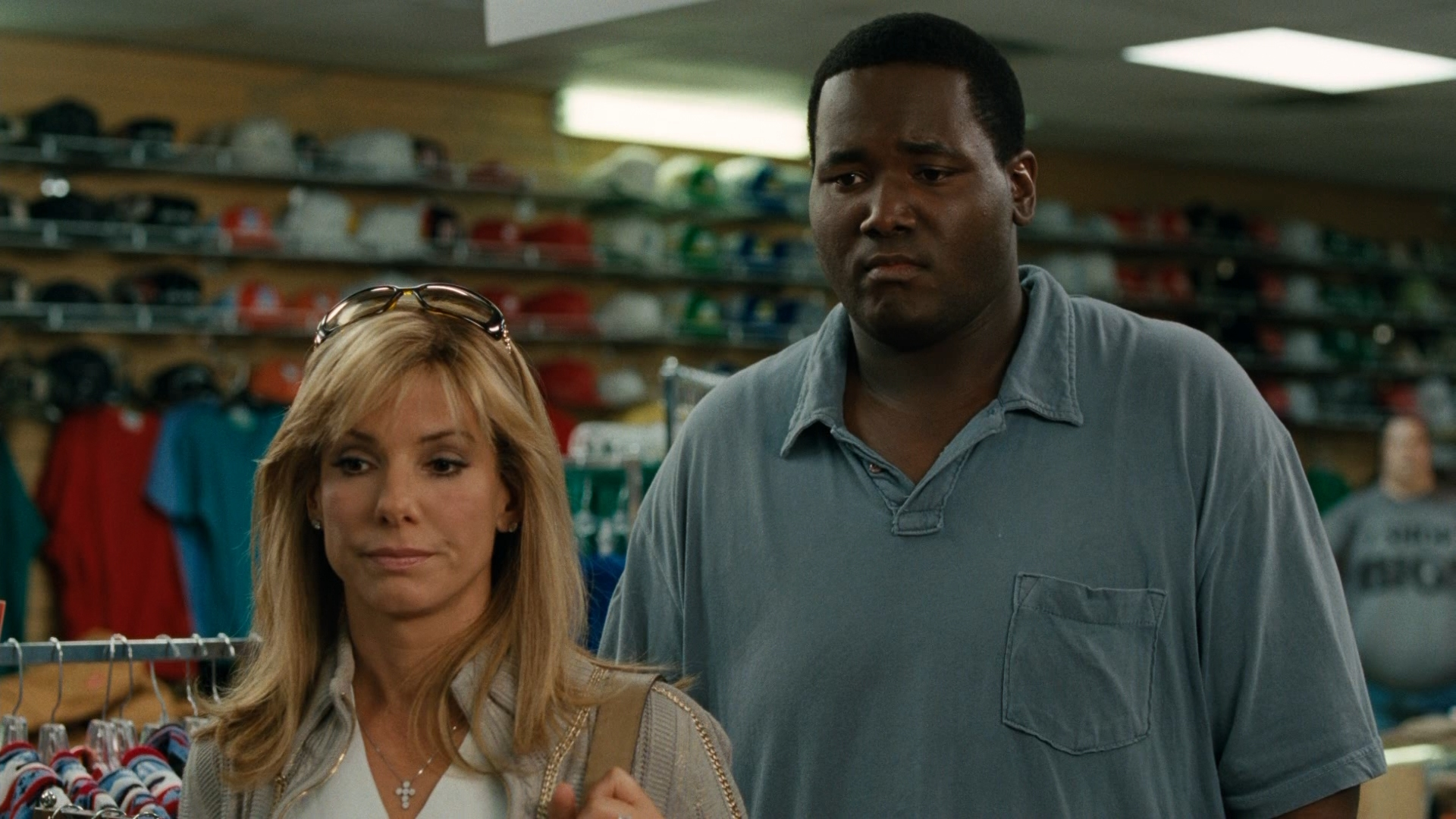 blind side review The blind side review it might have won sandra bullock an oscar, but how the blind side snagged a best picture nomination is a mystery to michael review michael leader mar 24, 2010.
