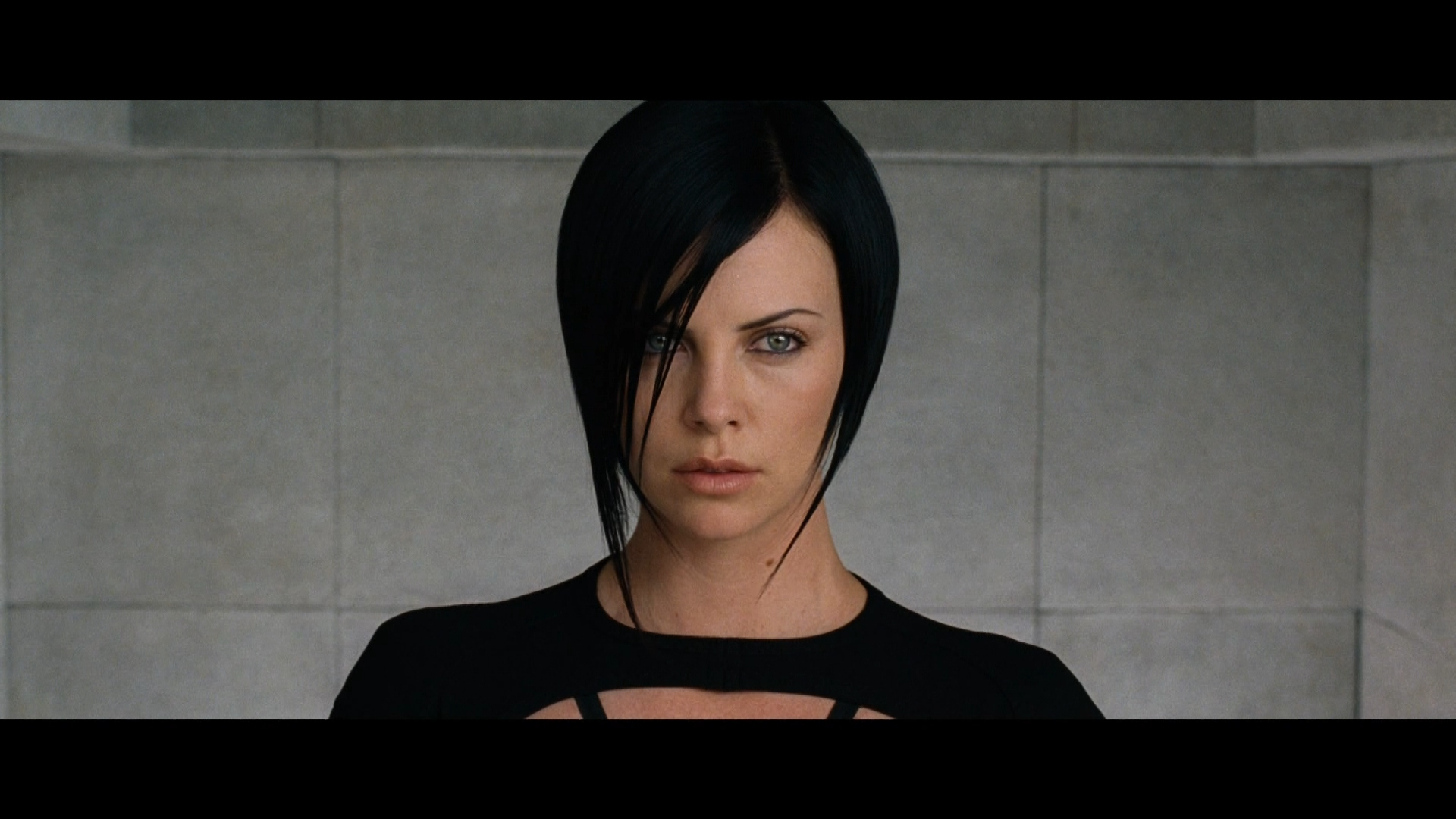 Aeon Flux Review - DoB... Charlize Theron Haircut